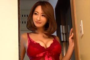 【吹石れな】挑発的なランジェリーで夫の部下を誘惑する妖艶な人妻の画像です