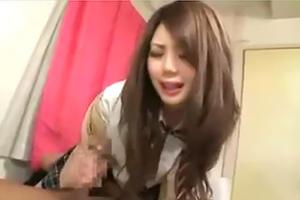 【円光】従順な色白の女子校生のハメ撮り映像が流出・・・