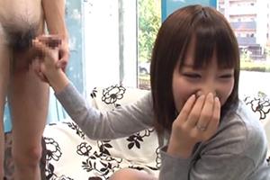 【マジックミラー号】手コキですぐイッちゃう早漏チンポを人妻が特訓!