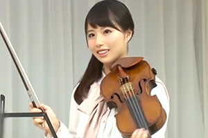 【一般男女モニタリング】名門の女子音大生がSEXしながら演奏するバカ企画wwwの画像です