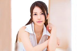 小出亜衣子(こいであいこ) 大手化粧品メーカーのセールスレディが鮮烈のAVデビュー!