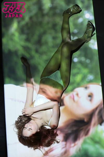 玲央奈グラビアの画像です