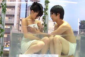 マジックミラー号で混浴温泉ミッション!友達同士でカラダほっこり、アソコもっこりw