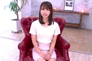 宇垣ちさと 元地方局アナのさわやかお姉さんが緊張のAVデビュー!