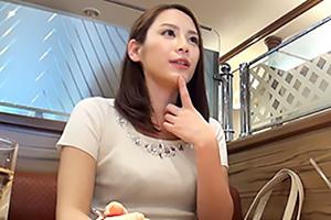 【盗撮】スタイル抜群の銀行員(21歳)をナンパした日に即セックス!