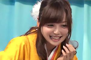 【マジックミラー号】友人に犯されてしまう卒業式の帰り道。袴姿の女子大生がエロミッションを遂行w