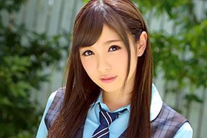 佐々木めい 素人投稿サイトきっかけでスカウトされた美少女がAVデビュー!