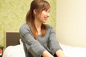 完全顔出し素人ナンパ!仕事中のガチ美人をナンパしてSEXまでヤる!!〜新宿編の画像です