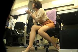 【流出】憧れの巨乳上司とオフィスで2人きりの残業中にSEXした一部始終