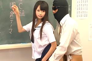 なつめ愛莉「常に性交」高速ピストンされながら学級会をする風景がシュール