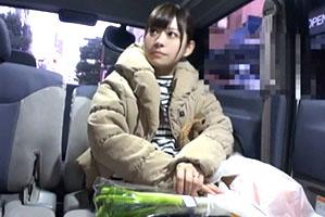 【素人】買い物中にナンパした148cmのミニマム若奥さんに中出し!