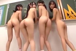 【加賀美シュナ 小西まりえ】放課後の教室でロリビッチたちに…
