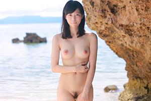 麻宮まどか 海とひまわりが似合う島育ちの美少女のAVデビュー作