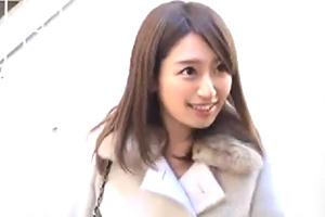 【素人ナンパ】ヘアメイクさんを夢見るの美少女専門学生をゲット!