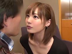 「おちんちん挿れちゃいますね?」鈴村あいりが素人の童貞男性宅で優しく筆おろし!