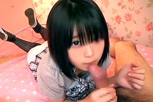 【素人】アカン匂いしかしない童顔少女のハメ撮り映像!の画像です