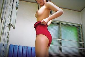 【素人】更衣室でスクール水着に着替える女子校生を隠し撮り!
