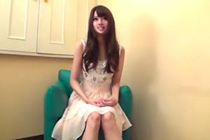 【素人】アイドル級のルックスをしたパイパン美少女とハメ撮り