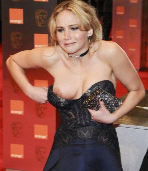 ハリウッド 女優 巨乳