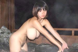 【素人】温泉旅行で浮かれた巨乳美女の流出画像がヤバすぎる…