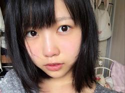 戸田真琴 男性経験のない高校卒業したての美少女が正真正銘の初脱ぎ!