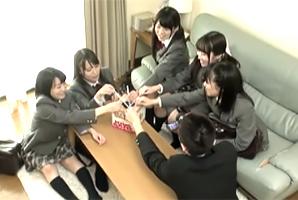 全員Fカップ以上!名門女子校のJKに王様ゲームで中出し三昧!