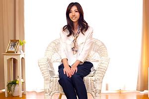 久保田慶子 百貨店勤務の本物人妻がセックスレスに耐えかねてAVデビュー!