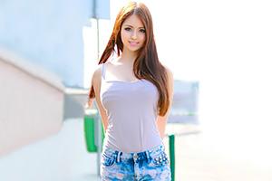 世界でも美女が多いと評判のルーマニア。その素人がAVに出てる・・・