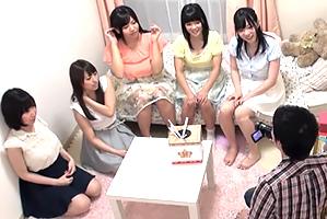 【素人】都内名門大学の女子寮に忍び込み巨乳5人とハーレム体験!
