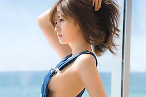 【乃木坂46 白石麻衣】写真集で話題の美少女が魅せた横乳がヤバイーッ!
