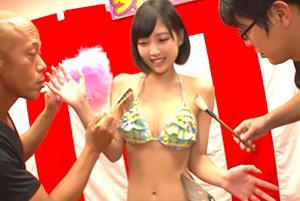 広瀬うみ 賞金100万円!くすぐり我慢ダルマさんが転んだゲーム