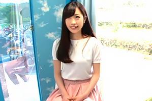 名古屋の美人医学部生を大学の構内でヤる!の画像です