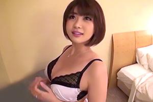 ナンパした巨乳妻とホテルで濃厚SEXの画像です