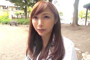 宮本紗央里 42歳が公衆トイレでセックスの画像です