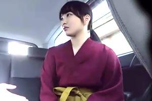 【素人】京都の高級料亭で京都弁を話す18歳の大和撫子をナンパ!