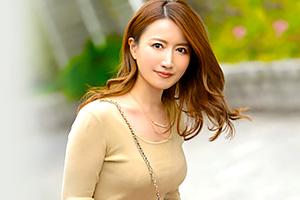 和泉早妃 動画投稿サイトで「神クラス」と賞賛された伝説の騎乗位人妻がAVデビュー!の画像です