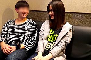 上園ゆりか ユーザー感謝祭!個室ビデオボックスにAV女優が突撃サービス!