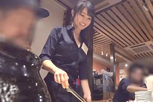 【素人ナンパ】人気焼き肉店の美少女店員さんを口説き落としてハメ撮り