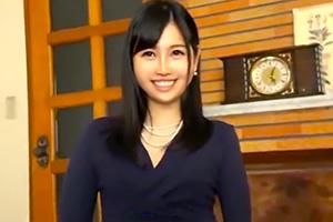 【素人】日本舞踊が趣味な上品な人妻の自宅押しかけナンパ