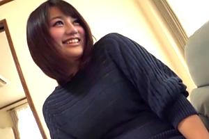 清塚那奈 ムッチムチのHカップ人妻がセンズリ鑑賞した結果