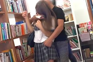 【個人撮影】図書館で受験勉強中の美少女JKを狙った昏睡レイプ映像