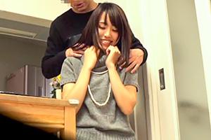 【盗撮】性感帯の首と耳でビショ濡れになったスレンダー美人妻を喰う!