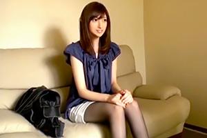 飯岡かなこ モデル系美脚スレンダーの素人がAV出演