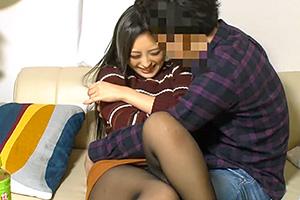 【盗撮】年下のイケメンが簡単に美人妻を口説き落とす衝撃映像!の画像です