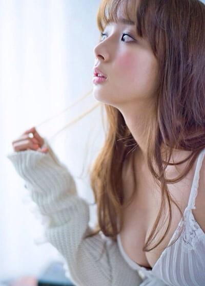 岡田紗佳 non-no専属モデルの大三元ボディ