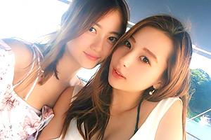 世界で最も美しい顔にノミネートされたモデルNikiがこちら(右側)