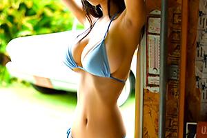 桐谷まつり Hカップからのくびれラインが美しい秋田美人
