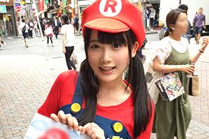 【ナンパTV】マリオカフェの美人店員(Dカップ)に男優キノコを食べさせるwww