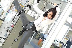 SOD社員に250000回転の電マで検証!どの体位が一番感じるのか?