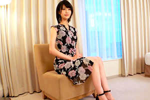 【ラグジュTV】小田萌咲。綺麗なスレンダーボディを持つ美人イラストレーター